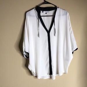 Jennifer Lopez Shear White and Black Blouse Size L